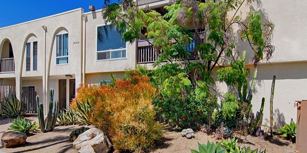 Featured Referral Transaction – $440,000 – Hillcrest Condo